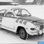 Auto oli Blue Rose Teamin (BRT) väreissä ja Colt:n sponssein kun Antsa sai ostettua auton tallilta. Antsa voitti autolla Itä-rallissa junioriluokan 1974.