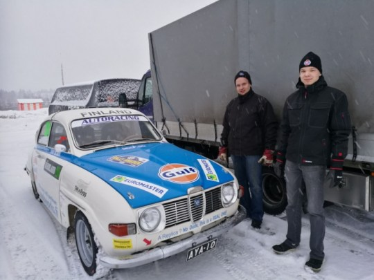Finnish Saab Mechanic Sami and Eetu. Good works boys!