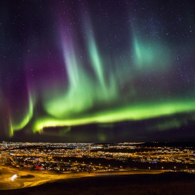 What to do and see in Iceland_northern lights_ft