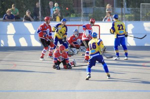 Dek Hockey or Deck Hockey