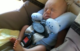 Luca-in-car-seat