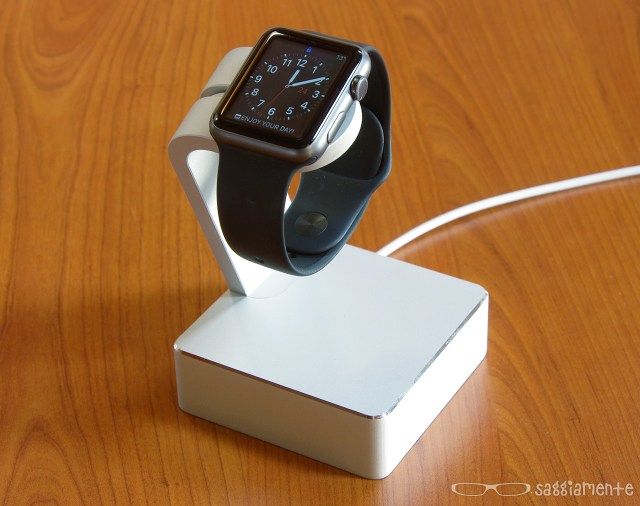 watch-charging-stand-watch