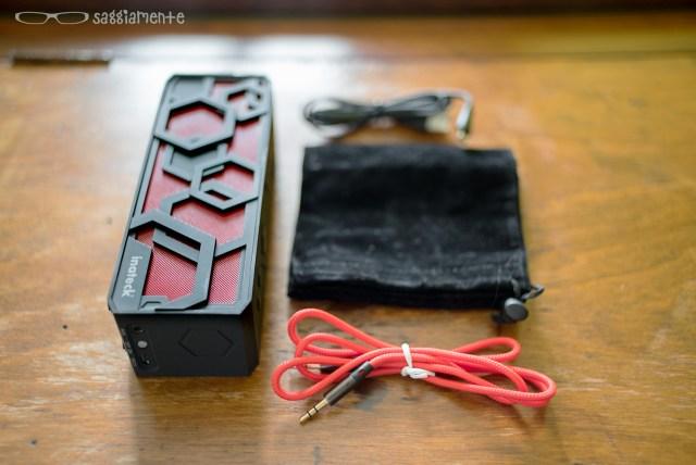 speaker-bt-inateck-confezione