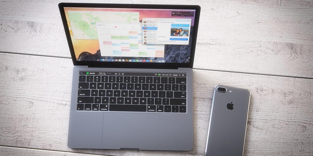 Il 27 ottobre dovrebbero arrivare i nuovi Mac, probabile l'addio alla USB standard