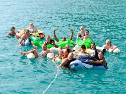 sail_caribbean_bffs