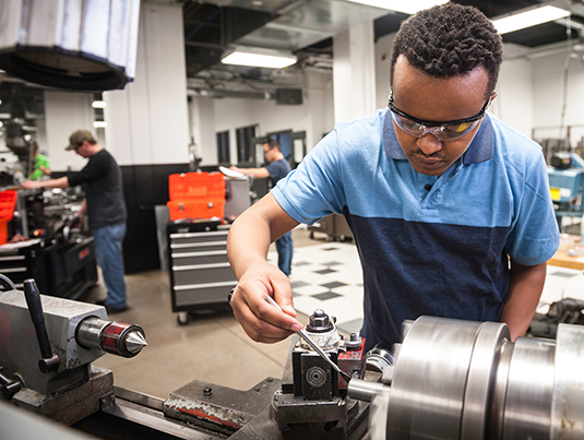 Machine Operator Certificate Right Skills Now for Manufacturing
