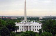 جمعية مراسلي البيت الأبيض تحتج على استبعاد عدد من وكالات الأنباء الكبرى من حضور مؤتمر صحفي غير مصور، مع السكرتير الصحفي للرئيس الاميركي دونالد ترامب.