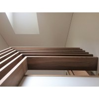 Solid oak wood stairs and banisters - Saloa