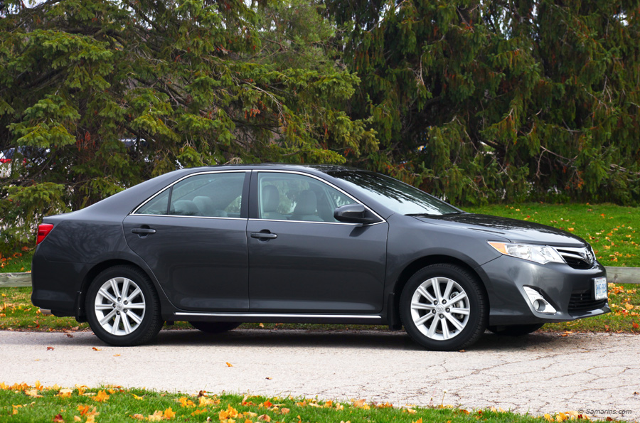 Toyota Camry 2012-2014 problems and fixes, fuel economy, engines