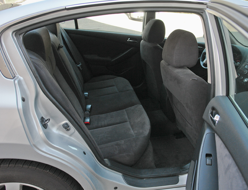 Nissan Altima 2007-2012 fuel economy, problems, lineup, CVT