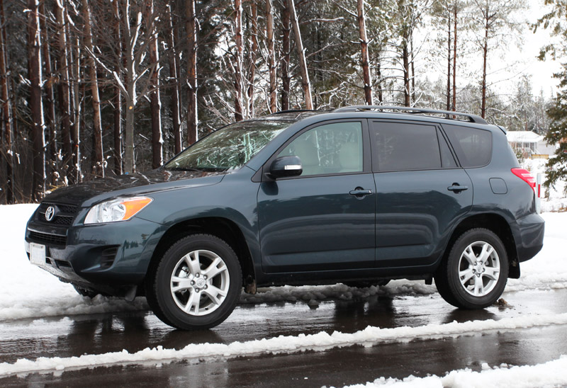 2006-2012 Toyota RAV4 fuel economy, problems, specs, photos