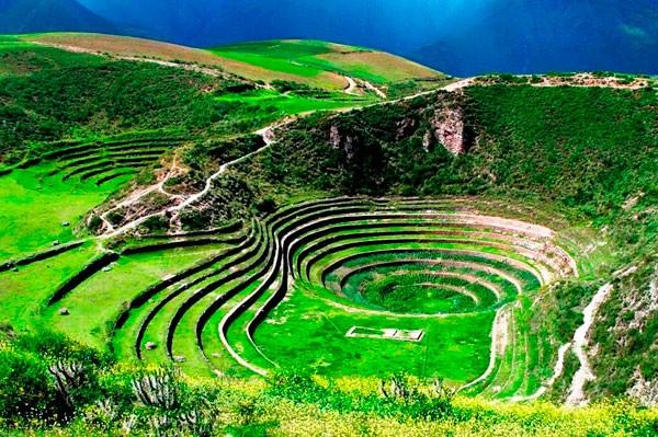 Sacred Valley Machu Picchu Tour Pisac Ruins Moray