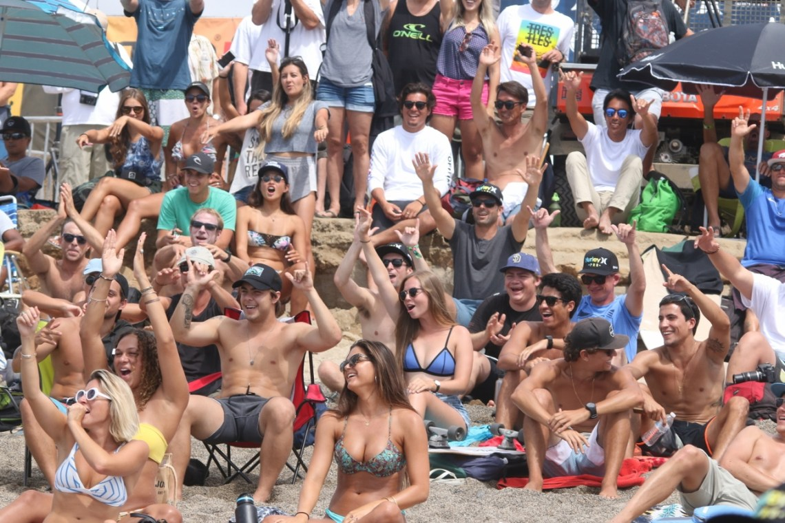 The crowd gets excited during the finals of the Hurley Pro on Sept. 15 at Lower Trestles. Photo: Eric Heinz
