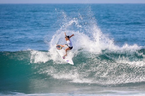 Silvana Lima of Brazil (pictured) advanced to Round Three of the Swatch Pro at Trestles after defeating Carissa Moore of Hawaii and Stephanie Gilmore of Australia in Heat 2 of Round One in 2 - 4 foot conditions at San Clemente, California, USA, today Wednesday September 6, 2017. PHOTO: © WSL / Morris