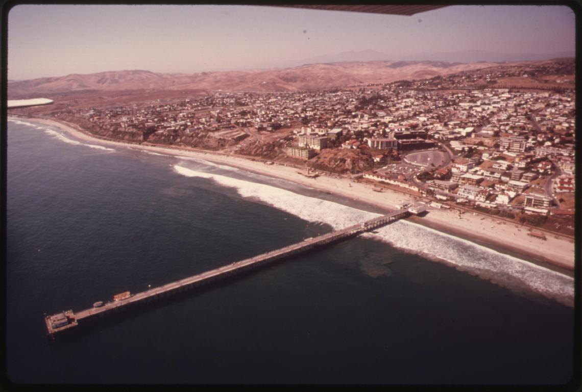 This aerial photo of the coastline shows San Clemente in 1975. At the time, 84 percent of California residents lived near the coast, and in an effort to regulate future development within 1,000 yards of the shoreline, the state passed a Coastal Zone Conservation Act in November 1972. Photo: Courtesy of The U.S. National Archives/Charles O'Rear