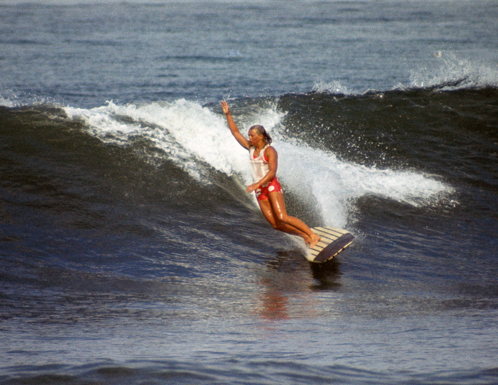 Joyce Hoffman takes off on a nice wave at the World Surfing Contest in San Diego, 1966. Photo: Tom Keck/SHACC