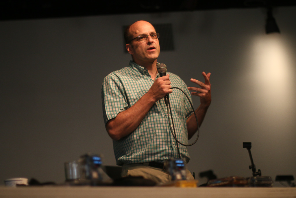 Joe Moross, the lead engineer with Safecast, a volunteer-based organization that uses Geiger counters for citizen reporting, speaks at a forum on real-time monitoring of radioactivity at SONGS on Oct. 17 at the Center for Spiritual Living in San Clemente. Photo: Eric Heinz