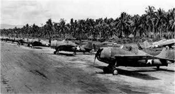 ガダルカナルの飛行場。のちに「ヘンダーソン」と名付けられた