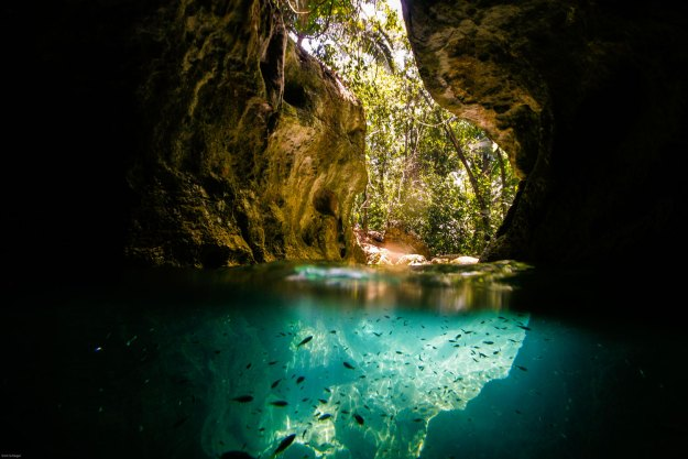 Picture:  http://belize-travel-blog.chaacreek.com/wp-content/uploads/2013/02/ATM-CAVE-edited.jpg
