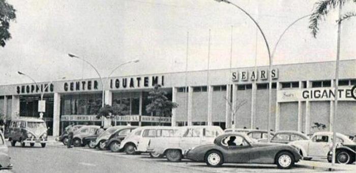 Shopping Iguatemi na década de 60, época de sua inauguração.