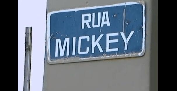 Placa-Rua-Mickey
