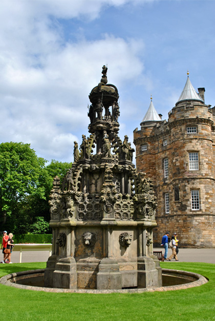 Holyroodhouse – Edinburgh, Scotland