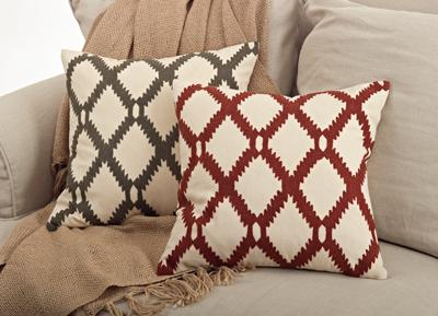 Saro 6090 Dakota Pillows