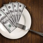 8 Strategies to Save Money Eating Out