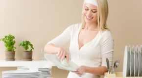 Čišćenje posuđa i drugih predmeta u kući