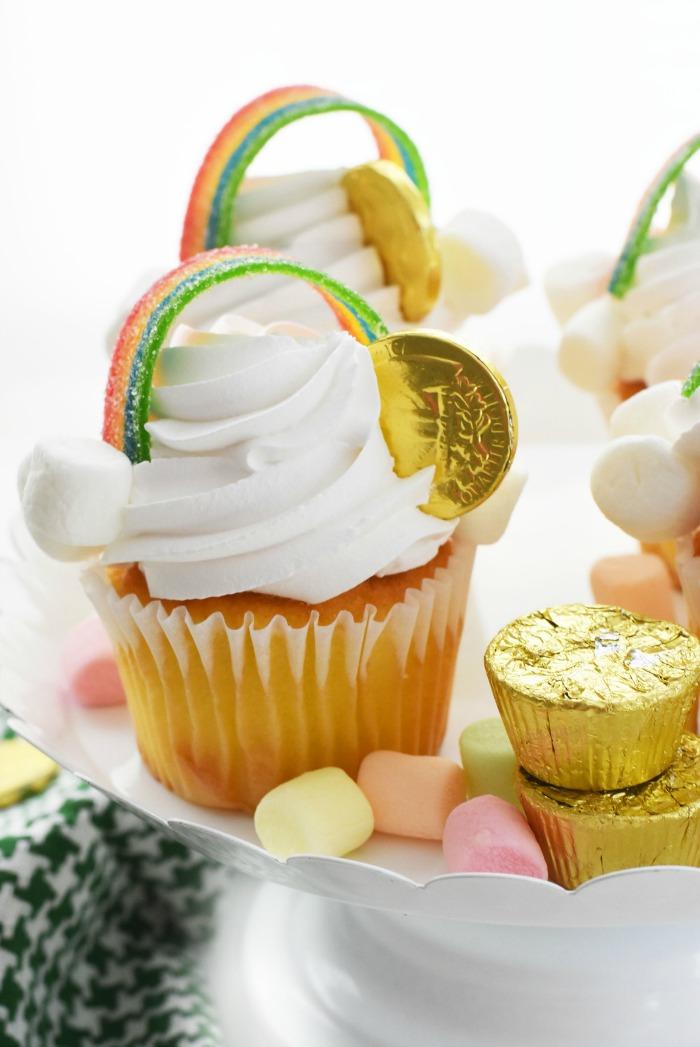 Easy St Patricks Day Cupcakes (Store Bought Decoration Idea)