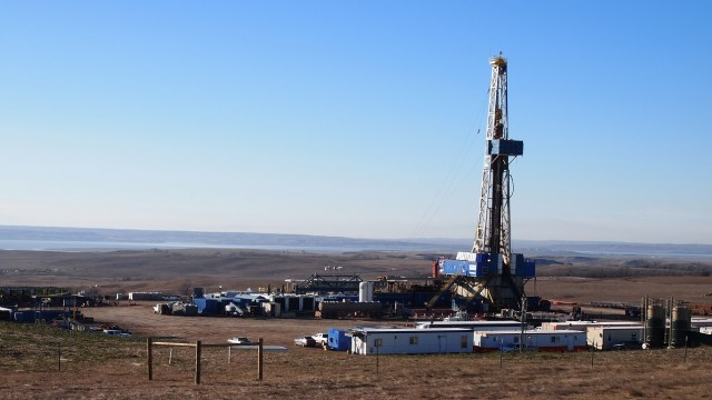 A drilling rig operates on Friday, Nov. 20, 2015, south of Tioga, N.D. Amy Dalrymple/Forum News Service