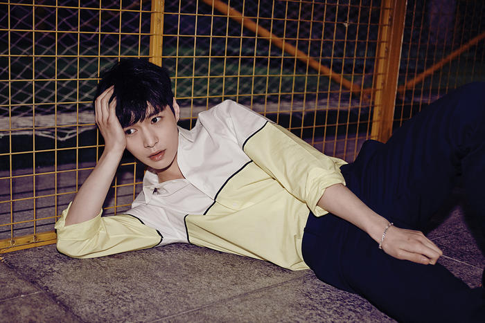 Wallpaper Girl Boy Friend Exo Release Individual Quot Love Me Right Quot Teaser Photos Sbs