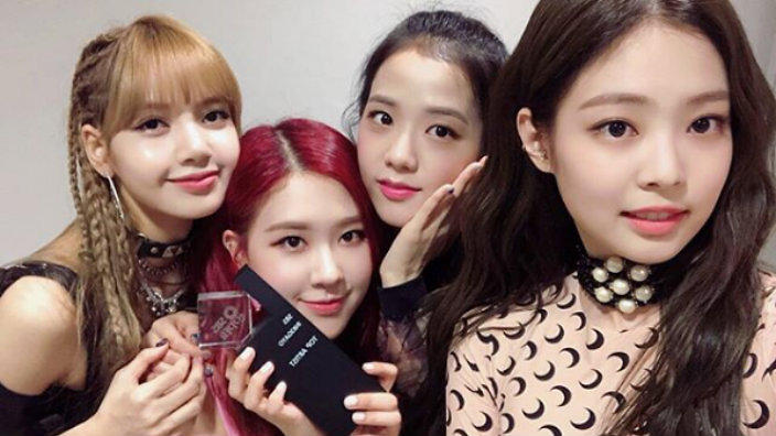 Wallpaper Girl Band Korea Blackpink Top Gaon S Digital And Album Charts With Square