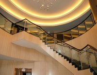 Glass Railing With Disc and Rod Glass Mounts