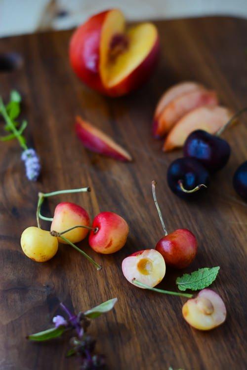 Summer in a bowl, sweet corn, nectarine, cherry and halloumi salad - scalingbackblog.com