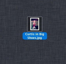 iPhoto Exported image on desktop with title