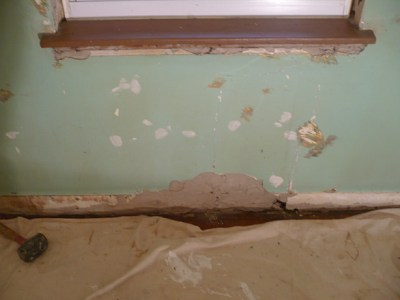 Scevoli Painting - Damaged Plaster gets Repaired and Painted - Before and After Photos