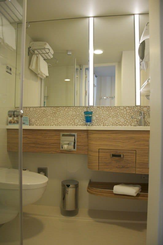 Mein Schiff 3 Balkonkabine 10046 ⚓   Badezimmer 3 5