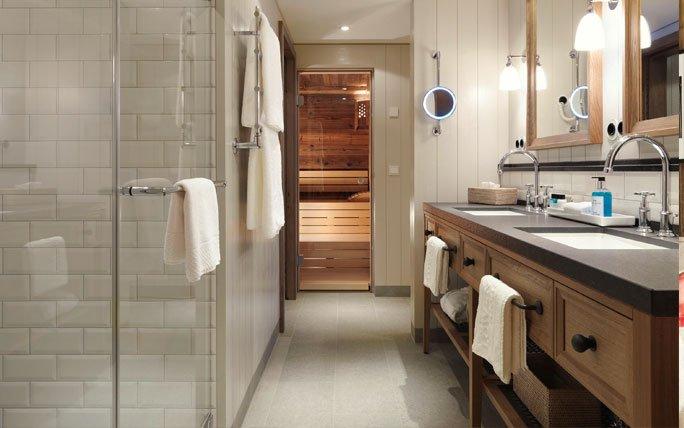 Cool Sauna Im Badezimmer Preise Carprola For Luxus Badezimmer Wei Mit Sauna  With Kleine Sauna Frs Bad.
