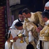 Fête-Dieu 2012 : premières communion des enfants de la paroisse