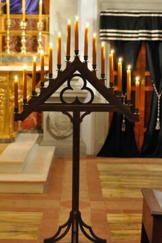 Chandelier de Ténèbres au séminaire de l'Institut du Christ-Roi à Gricigliano en 2012
