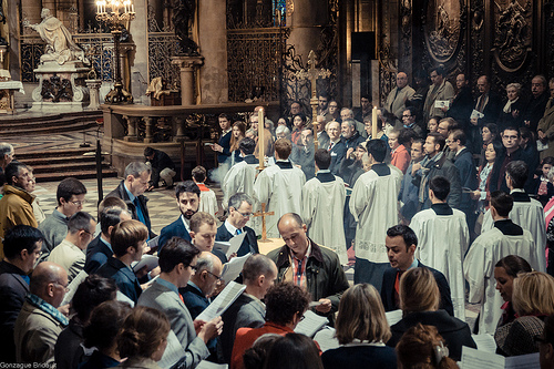 Messe traditionnelle à Notre-Dame de Paris : les photos et l'enregistrement audio