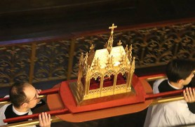 04 - Procession avec les reliques de saint Eugène