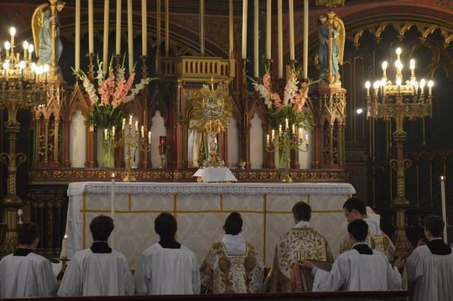 29-Procession de la Fête-Dieu