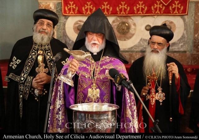 21-Bénédiction de l'eau avec le nouveau saint myron