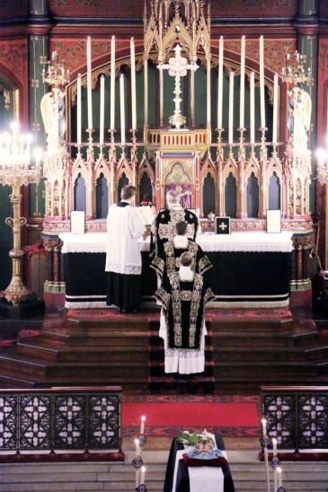 09-Requiem pour Louis XVI - chant de la préface du canon