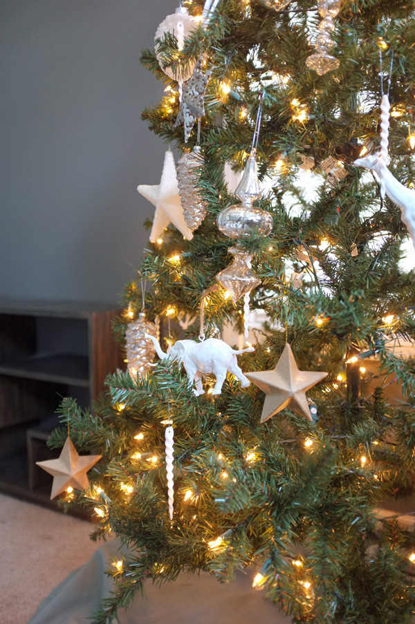 how to decorate glass ornaments for christmas
