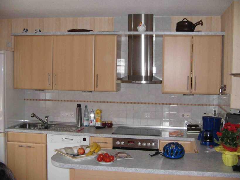 Hudson Reed Küchenarmatur mit flexibler Brause in Schwarz und