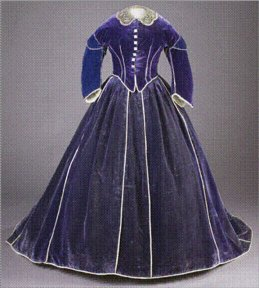 Velvet gown made by Keckly and worn by Mrs. Lincoln for the Washington, D.C. 1861 winter social season. Courtesy of the Smithsonian Institute. SMITHSONIAN — The Smithsonian Institute http://www.newsobserver.com/2013/02/03/2653933/lincoln-dressmaker-has-hillsborough.html