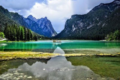 Why Doesn't The Water In Lakes Just Evaporate Or Seep Into ...